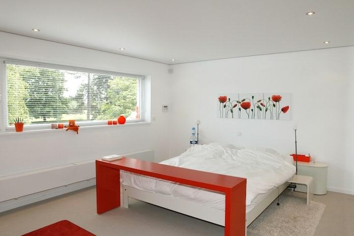 Spanplafond in slaapkamer